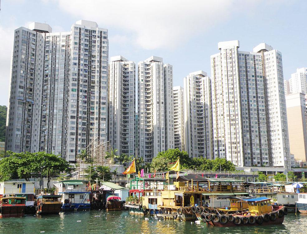香港仔中心向海景觀 - exploringlife作品 (維基百科)
