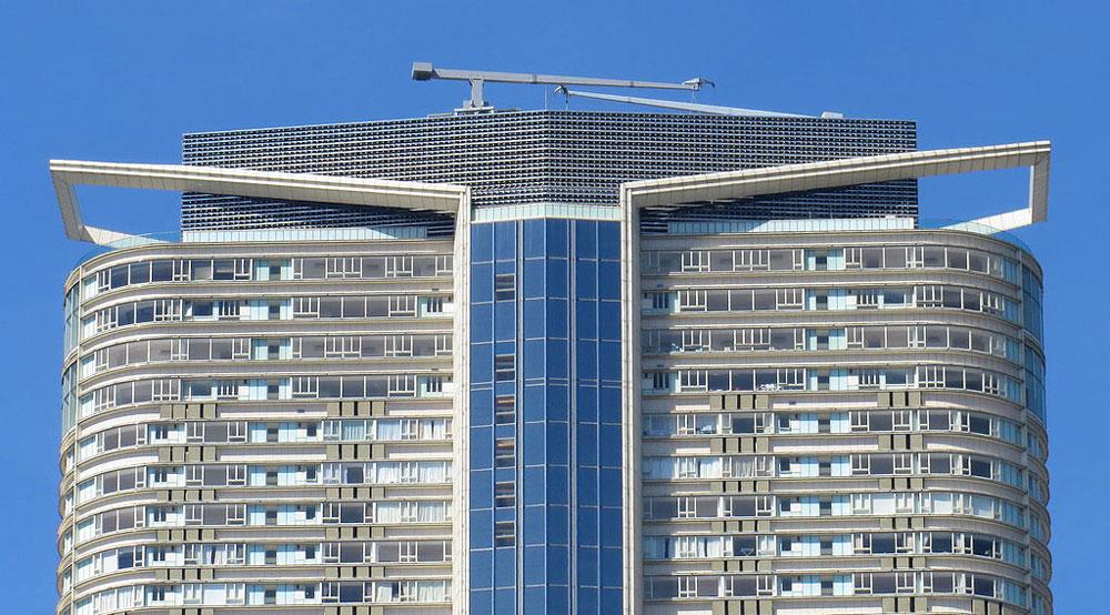 名鑄58至67樓「名鑄非凡」特色大戶樓層- Mk2010作品 (維基百科)