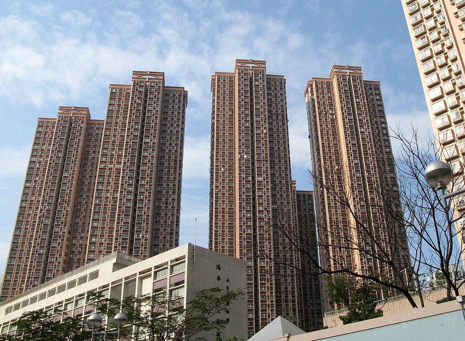 新港城第4期外觀- WiNG作品 (維基百科)