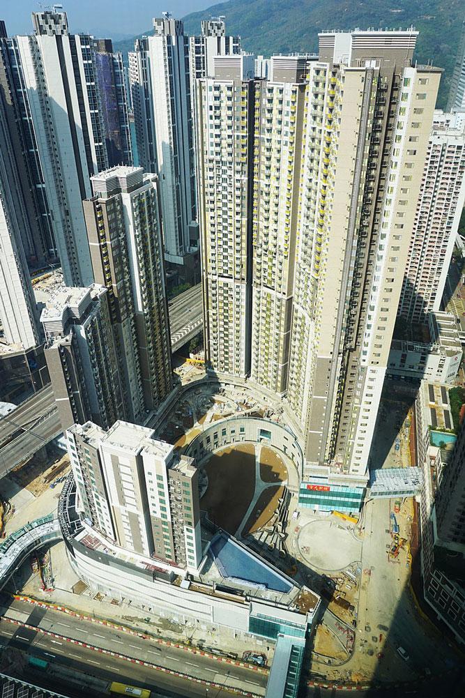 全‧城滙 外觀 - Prosperity-Horizons作品 (維基百科)