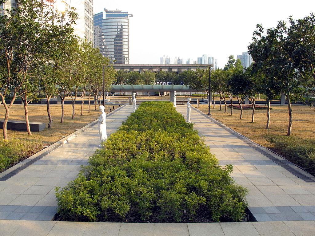 琉森花園 - Wing1990hk作品 (維基百科)