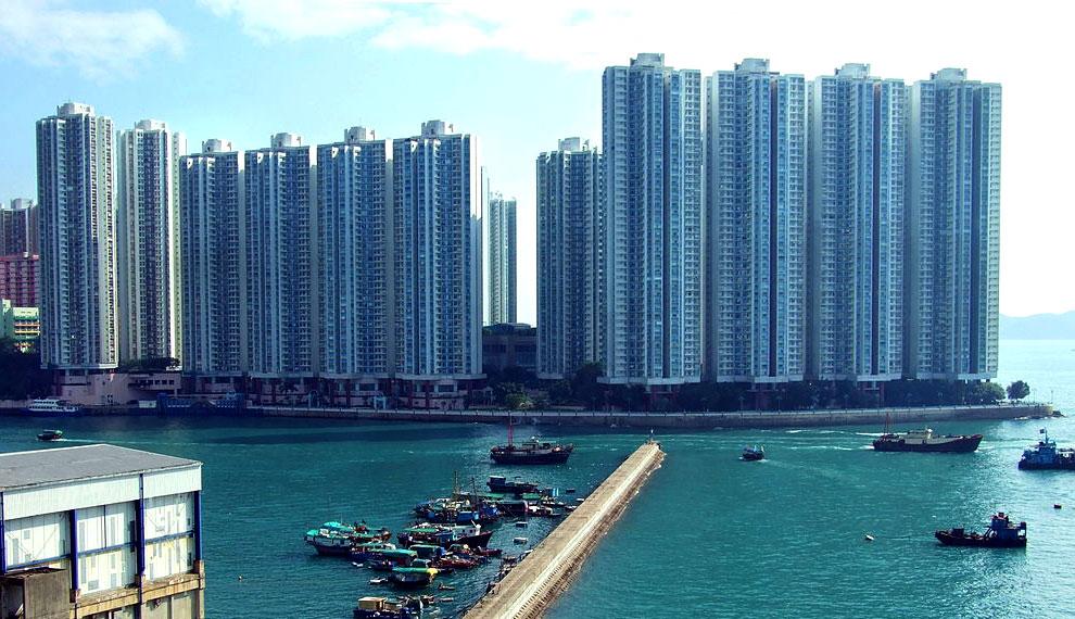 海怡半島第一、二期外貌 - Chong-Fat作品 (維基百科)