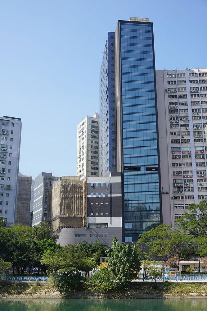 滙賢一號外觀- 作品 (維基百科)